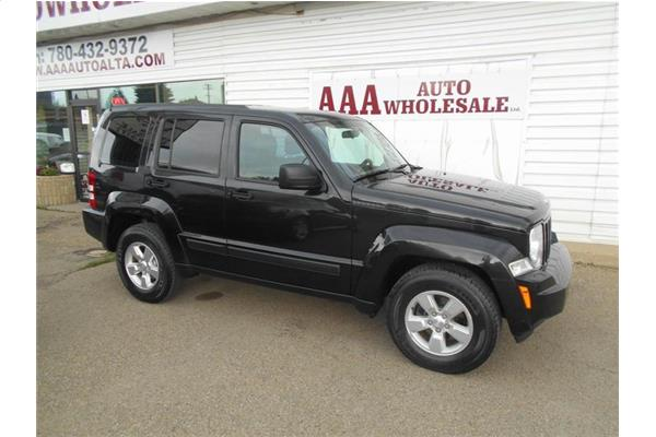 Jeep Liberty Sport 4X4 mint cond. 2012